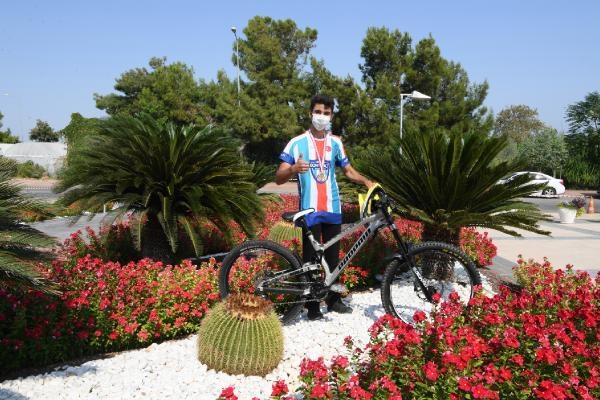 2020/09/konyaalti-bisikletcisi-emir-altug-yurt-downhill-sampiyonu-228edd8b923e-1.jpg