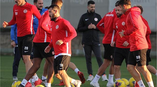 Antalyaspor taktik çalıştı