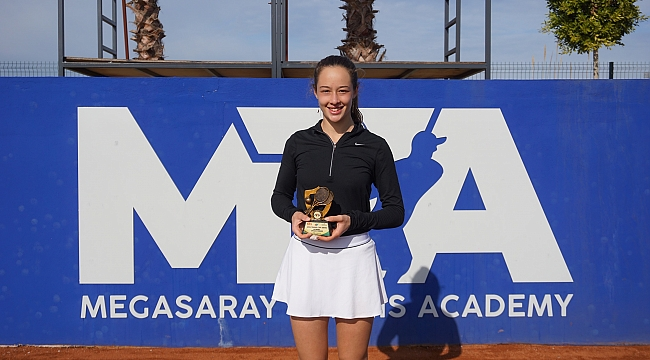 Milli tenisçi Sönmez Antalya'da şampiyon