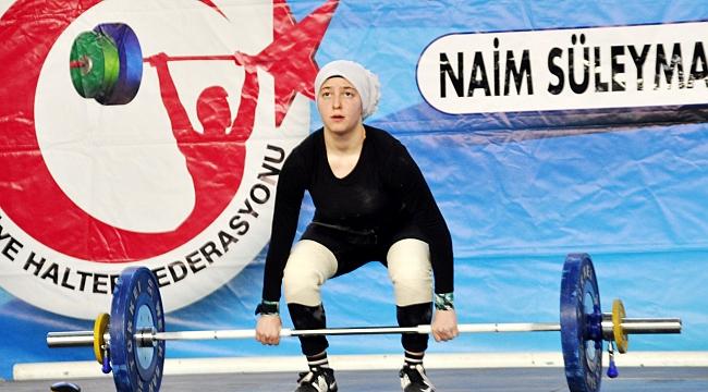 Naim Süleymanoğlu Şampiyonası başladı