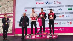 Antalyaspor'dan bisiklette çifte başarı