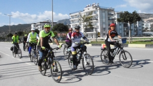 Bisiklet üstünde Akdeniz turu