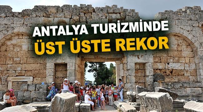 Antalya turizminde üst üste rekor