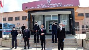 'Cezaevlerindeki tüm hükümlü ve tutuklular bize emanet'