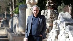 Prof. Dr. Çevik: Kültürel gelenekler, salgınla yok oluyor