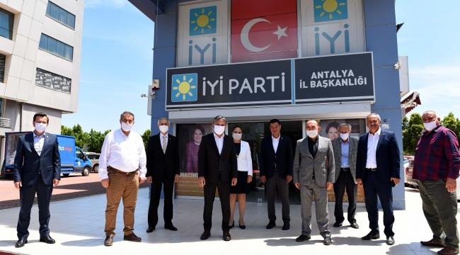 Başkan Uysal'dan İYİ Parti'ye ziyaret