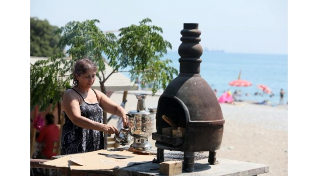 Antalya'da piknik alanları doldu