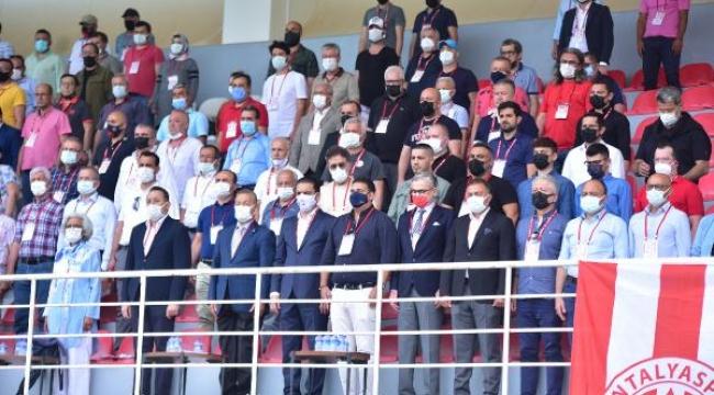 Antalyaspor Kulübü Derneği'nin yeni başkanı Emin Kemal Hesapçıoğlu oldu