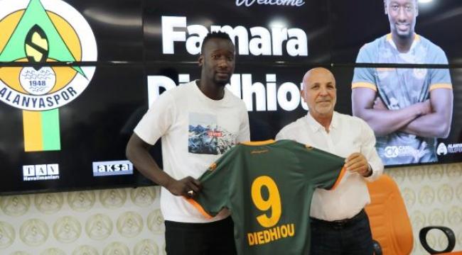 Aytemiz Alanyaspor'a Senegalli golcü