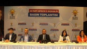 AK Parti Antalya İl Başkanı: Altın Portakal siyaset yapma yeri değildir