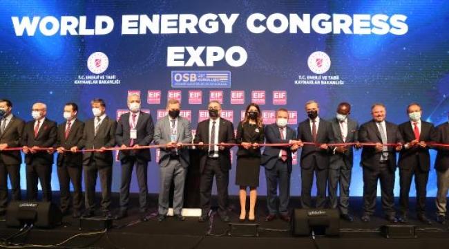 Başkan Böcek, Enerji Fuarı'nın açılışına katıldı